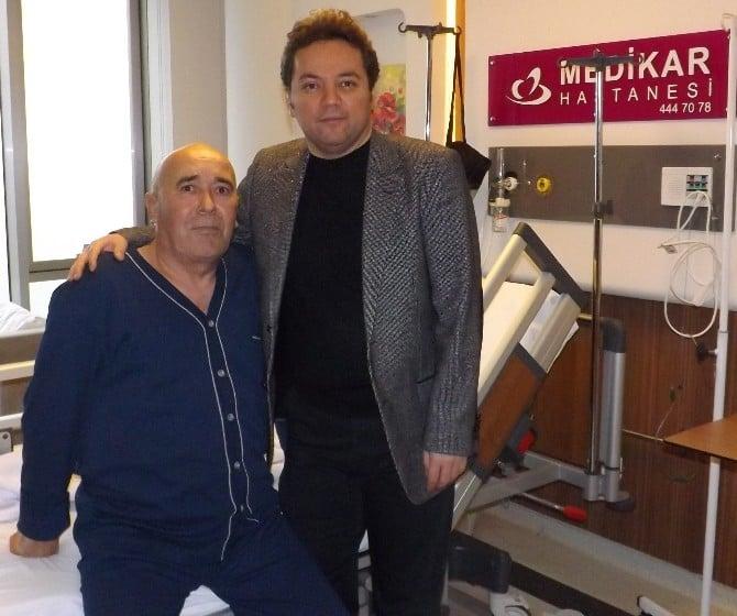 15 Santimlik Tümör Laparoskopik Radikal Nefrektomi Yöntemi İle Çıkartıldı