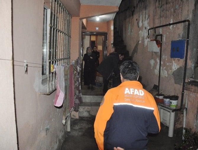 18 Kişinin Yaşadığı Apartman Heyelan Sebebiyle Boşaltıldı