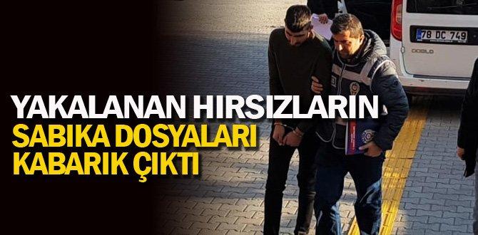 Polisin 'dur' ihtarına uymayan 2 hırsız yakalandı