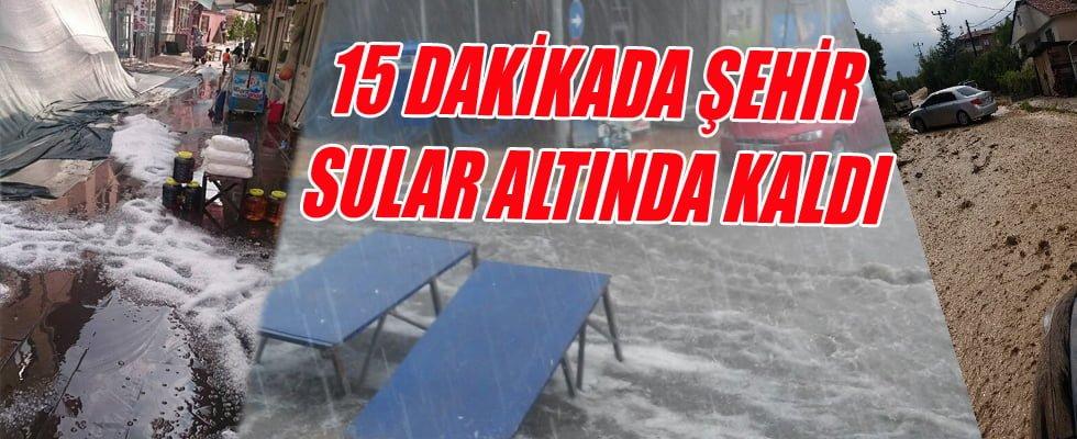 15 Dakikalık Dolu Ve Yağmur Caddeleri Göle Çevirdi