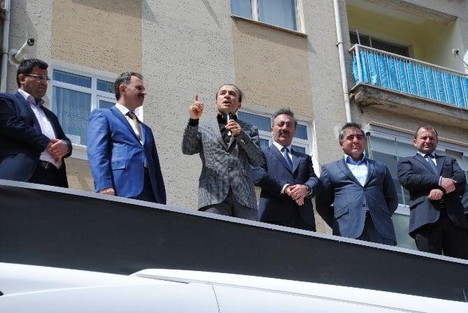 """AK Partili Bostancı: """"AK Parti'nin Hedeflerine Muhalefetin Aklı Yetmez"""""""