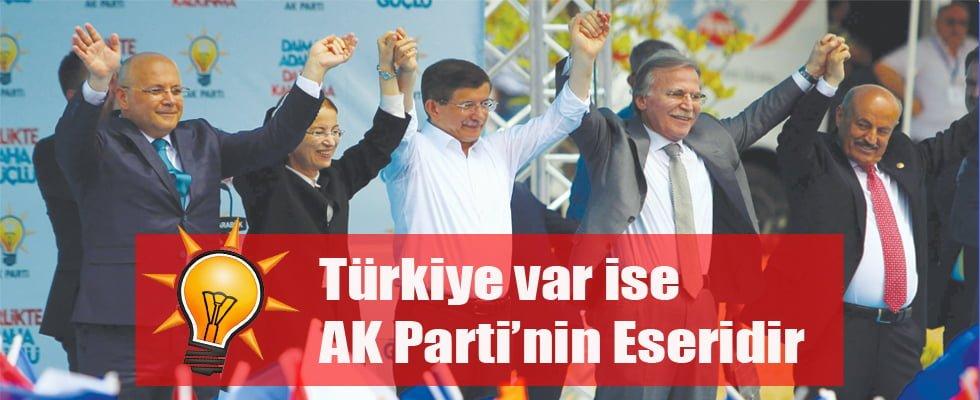 Onbinler Davutoğlu'na Koştu!